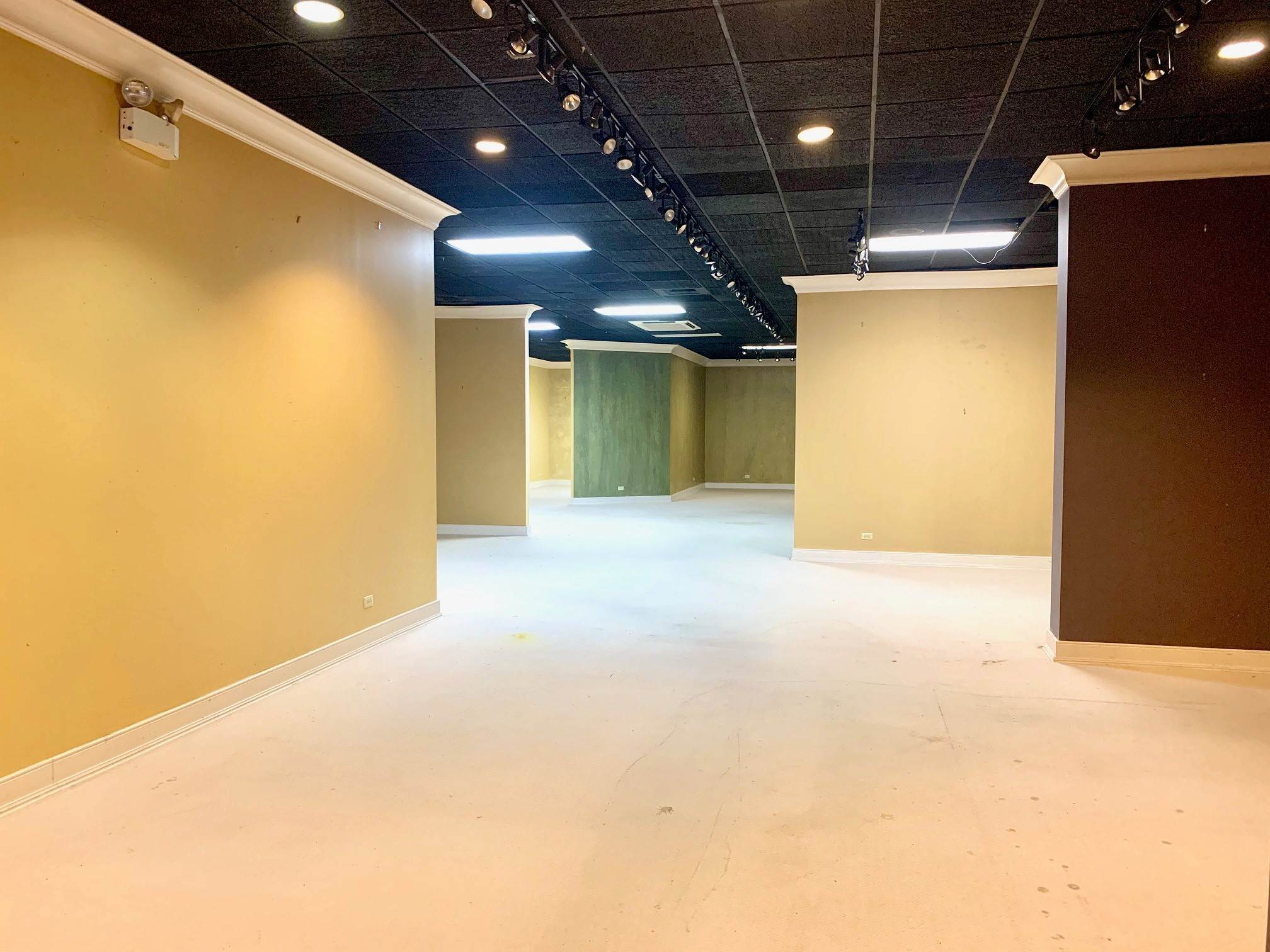 7. Commercial for Sale at The D. Rego Building 75 Reid Street Hamilton, HM12 Bermuda