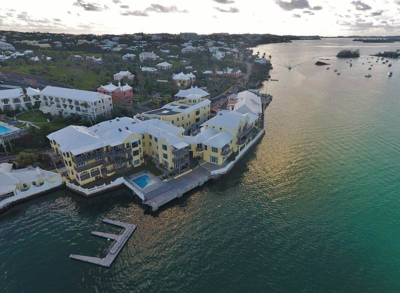 10. Condo / Townhouse / Flat for Sale at The Wharf Block 2 - Penthouse 1 Harbour Road Paget Parish, PG01 Bermuda