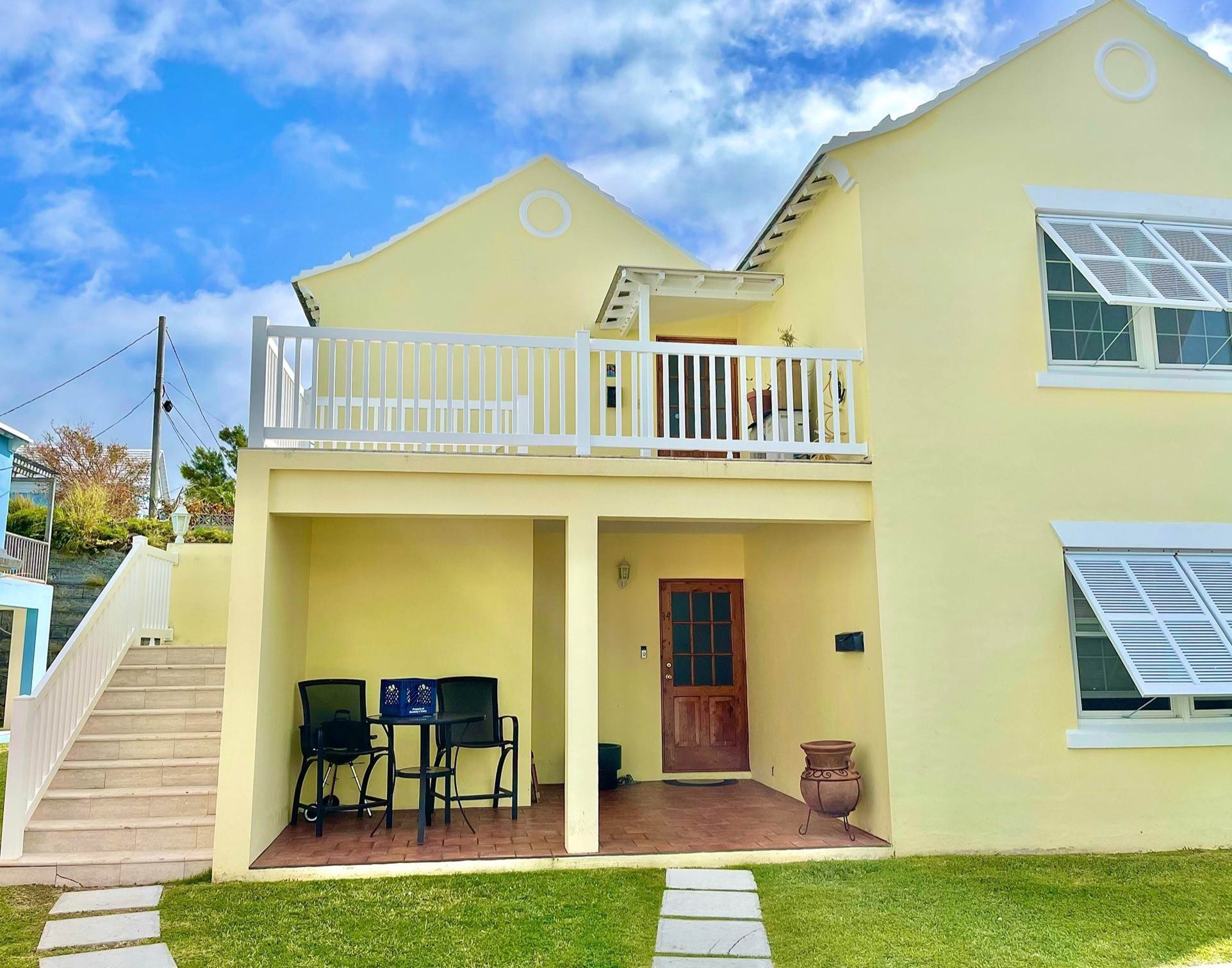 Condo / Townhouse / Flat for Sale at Trelawney Court Unit 15 5 Trelawney Lane Pembroke Parish, HM06 Bermuda