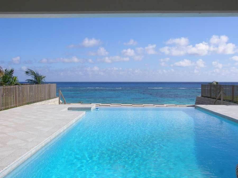Short Term / Vacation Rentals at Coral Sea Hamilton Parish, Bermuda