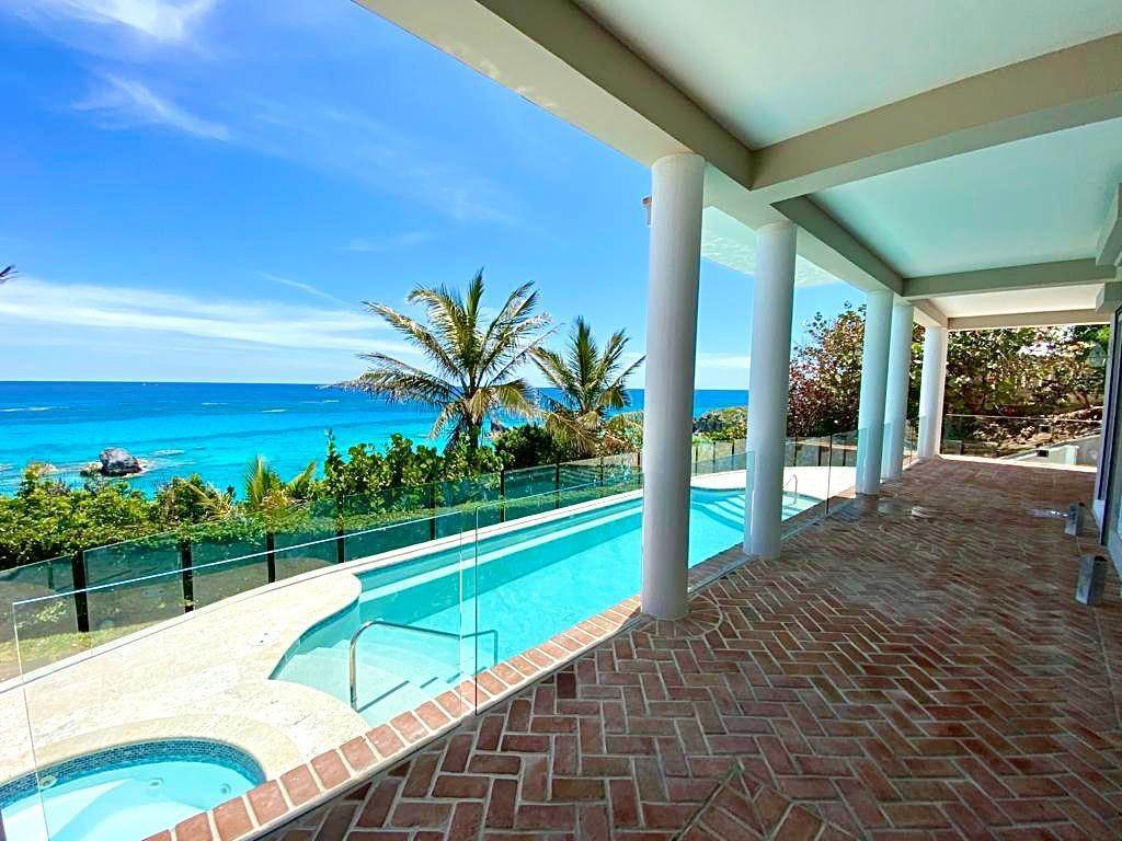 22. Maison pour l Vente à Majestic Waters 14 Cross Bay Road Southampton Parish, SN 02 Bermuda