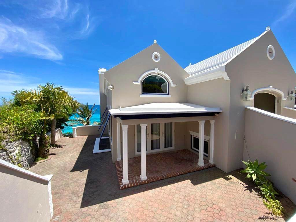 24. Maison pour l Vente à Majestic Waters 14 Cross Bay Road Southampton Parish, SN 02 Bermuda