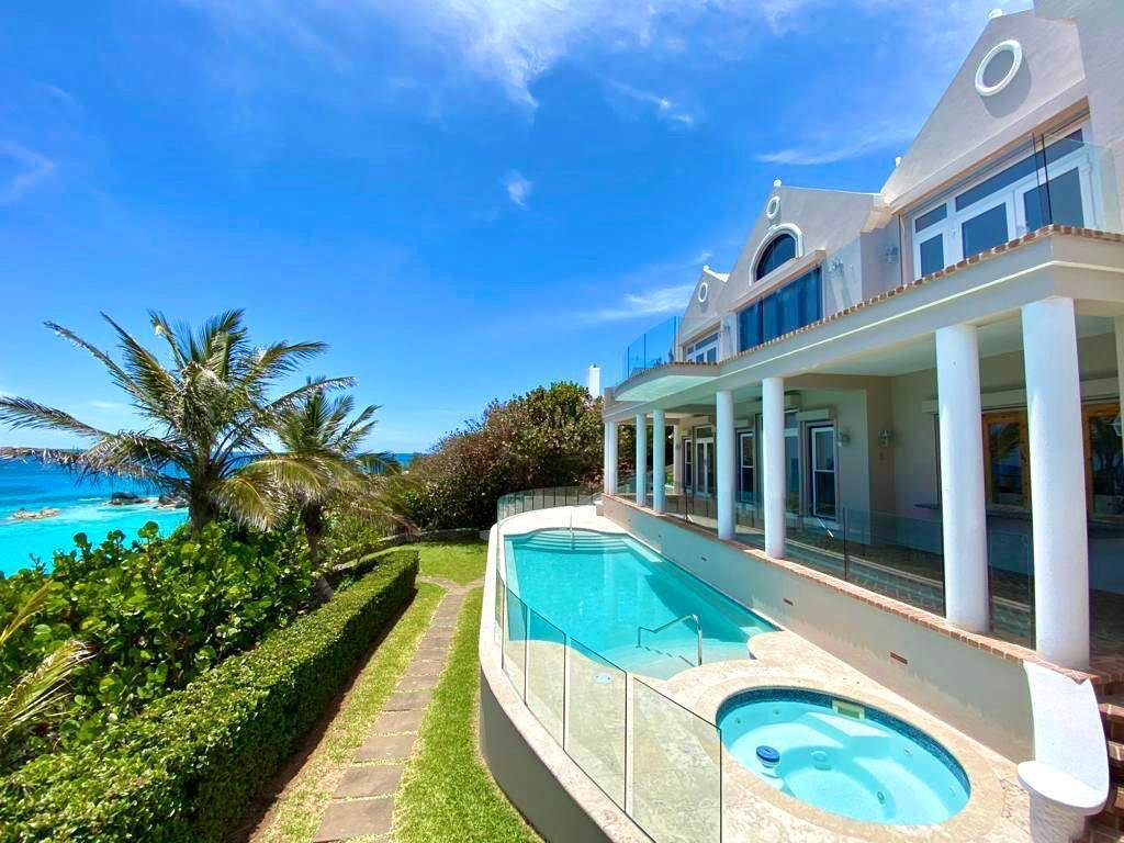 4. Maison pour l Vente à Majestic Waters 14 Cross Bay Road Southampton Parish, SN 02 Bermuda