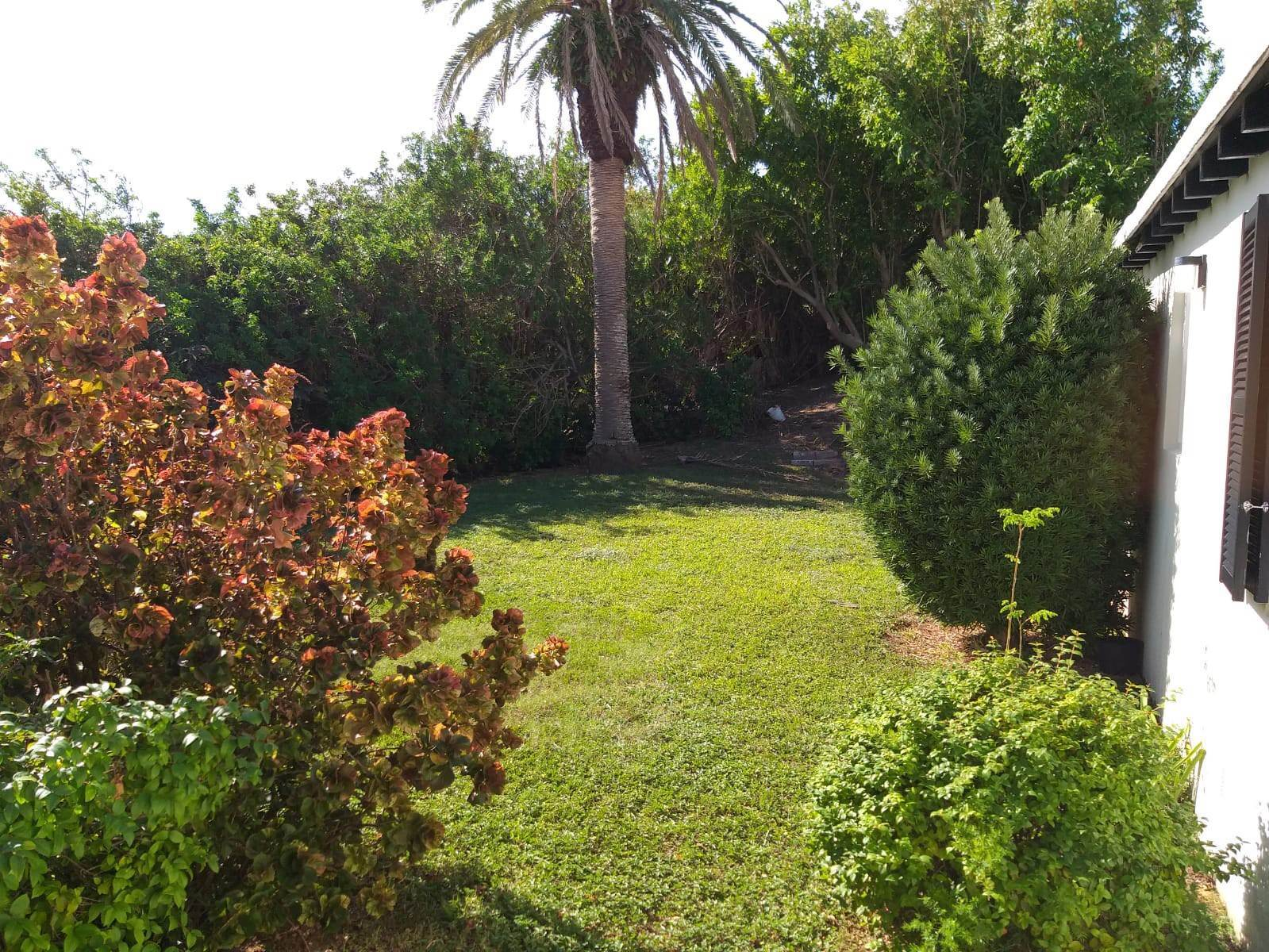 9. House for Sale at Enrobso 12 Welcome Place Southampton Parish, SN01 Bermuda