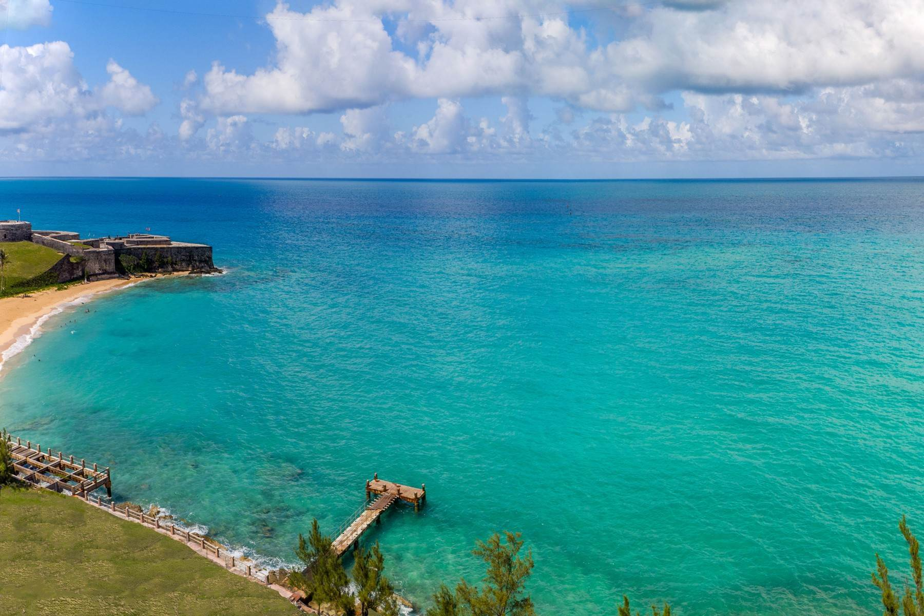 5. Condo / Townhouse / Flat for Sale at St. Regis Bermuda Residences - Gates Bay PHB St. Catherine's Beach St Georges Parish, GE03 Bermuda