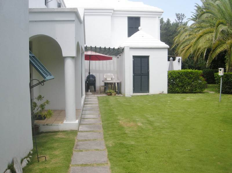 Condo / Townhouse / Flat for Sale at The Cedars Unit 6 4 Burnt House Hill Warwick Parish, WK04 Bermuda